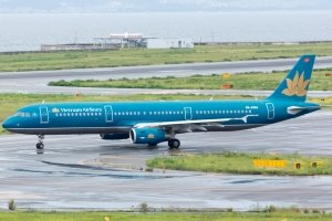 Vietnam Airlines Economy outside